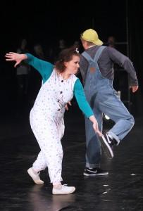 Esiintymisasu tanssi